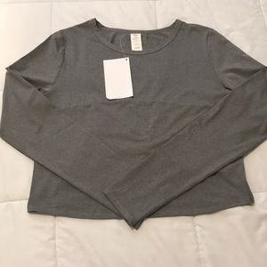 Fabletics long sleeve cropped top
